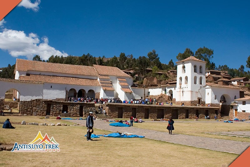 Archaeological Complex and city of Chinchero.