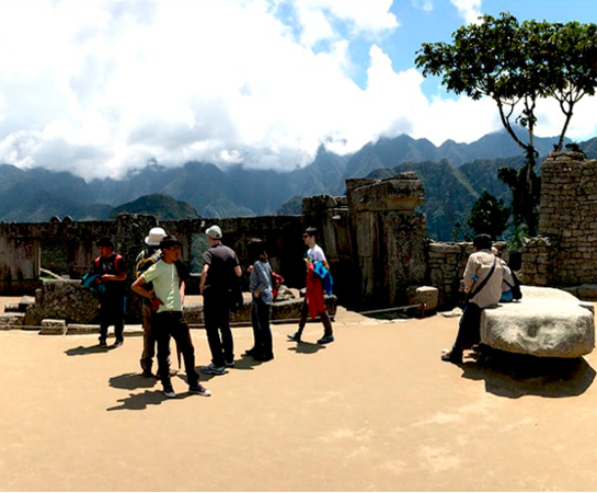 Cusco Machu Picchu Traditional Classic